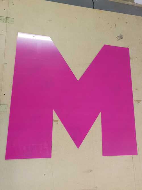 Hot Pink M